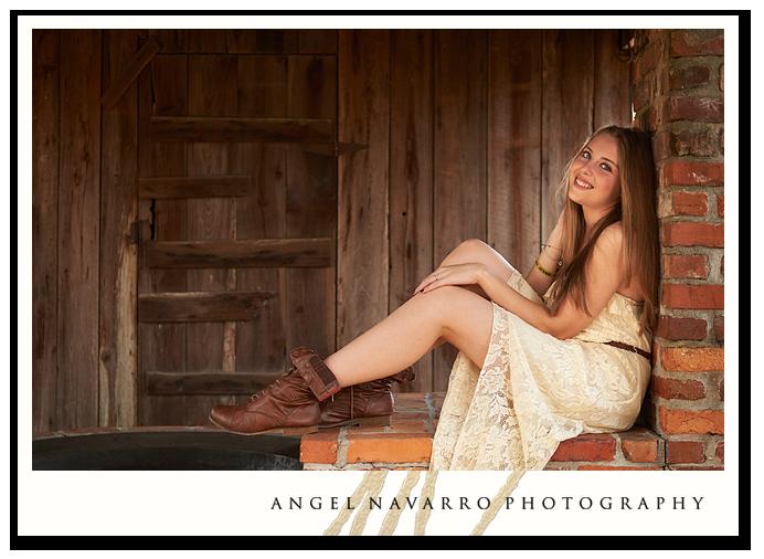 Pretty-High-School-Senior-Girl-Brick-Post