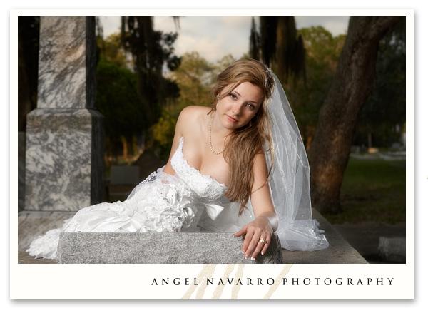 bridal dress picture outdoors Sarasota wedding photography