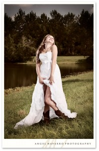 Outdoor country bride wedding photographers Sarasota Bradenton