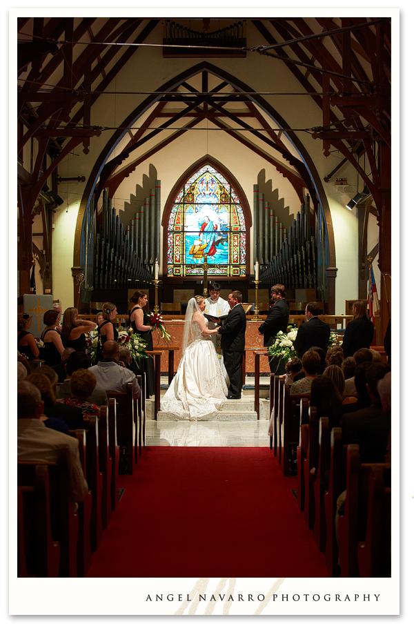 wedding-ceremony-large-church-tampa